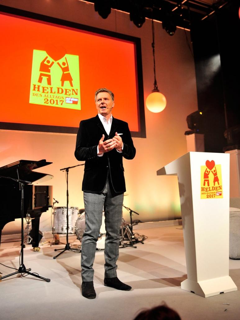 Jörg Pilawa | HELDEN DES ALLTAGS