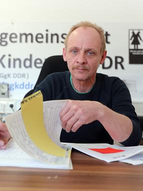 Andreas Laake DDR Kinder Interessengemeinschaft gestohlene Kinder der DDR Familienzusammenführung